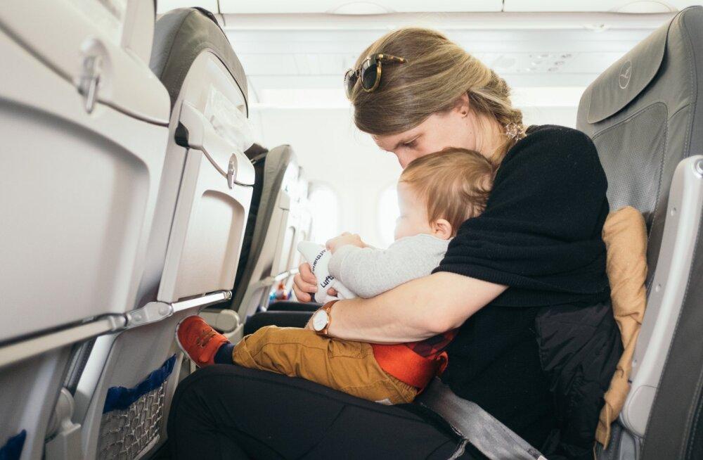 10 NIPPI   Kuidas lennureis lapsega valutult üle elada?