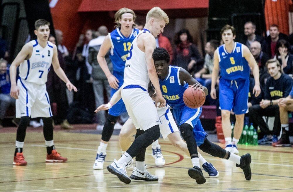 Matthias Tass mängus Rootsiga