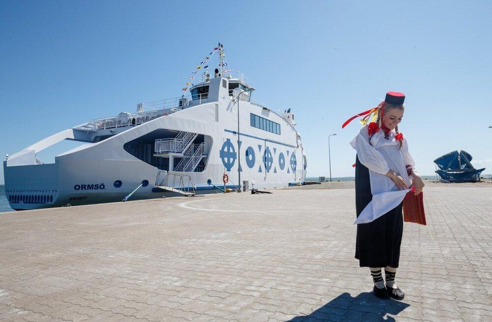 Nasvas Baltic Workboatsi laevatehases valminud Vormsi parvlaeva Ormsö ristimine.