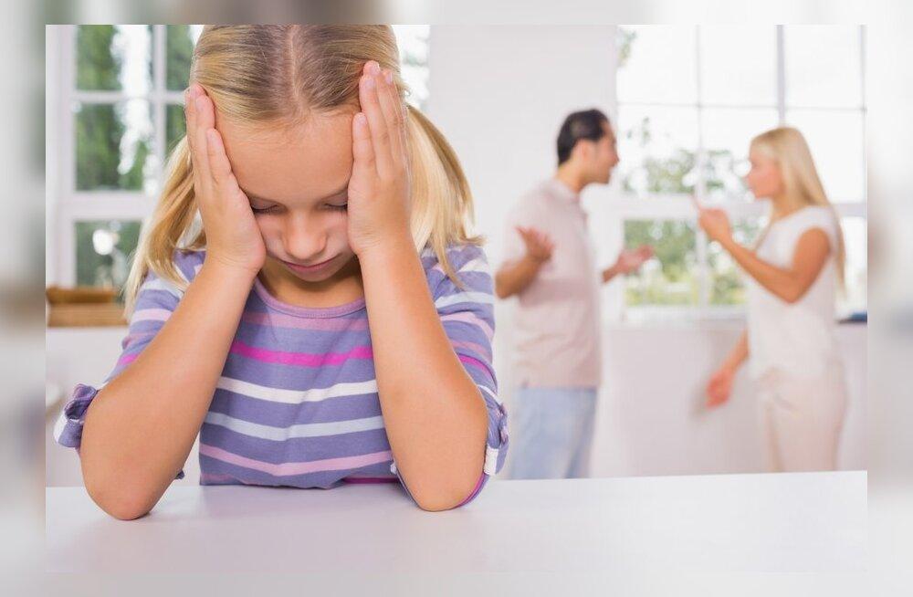 Содержание детей после развода родителей: у кого и какие есть права и обязанности?