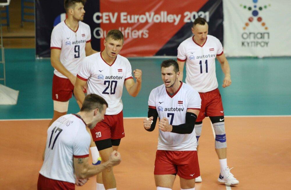 Kas närvid ei pidanud vastu? Avo Keele juhitav Läti võrkpallimeeskond sai EM-valiksarjas ülivalusa kaotuse
