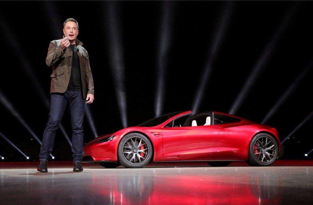 Tesla autode masstootmine on Elon Muskile osutunud tõeliseks pähkliks.