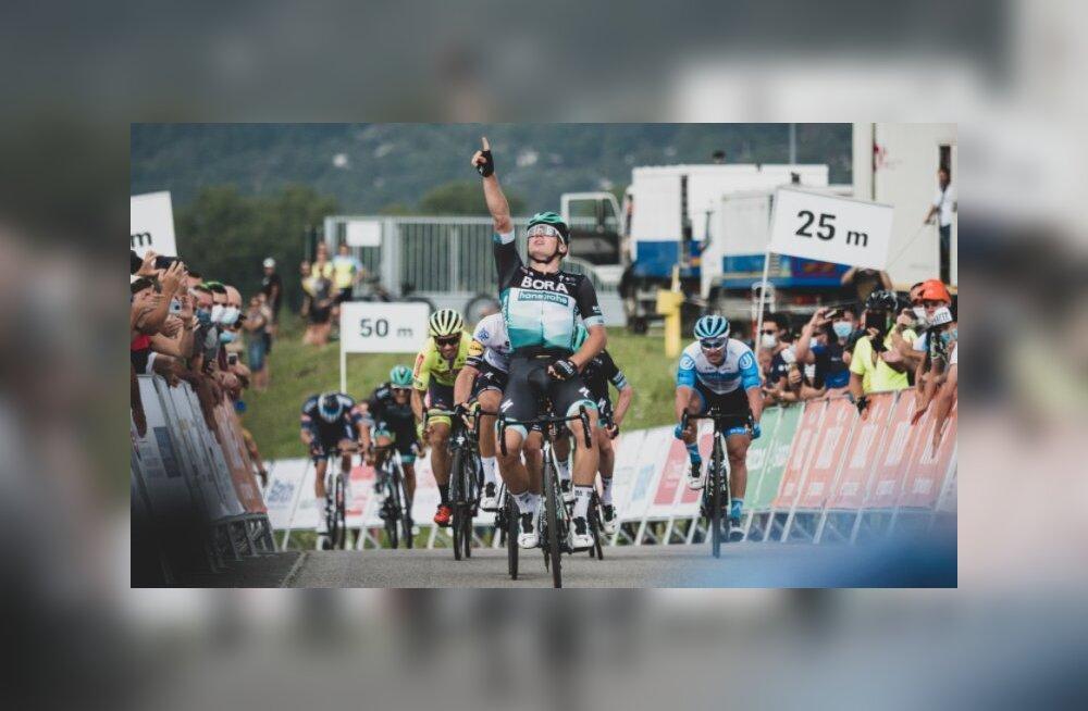 Jalgrattur Martin Laas sai tippvõistkonna eest esimese etapivõidu