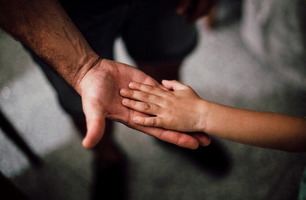 Neeruvähiga võitlev pereisa: kardan, et heade inimeste toetusega soetatud rohuta mind enam ei oleks