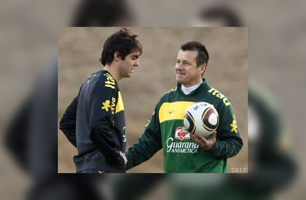Dunga (paremal) ja Kaka Brasiilia koondise treeningul, jalgpalli MM