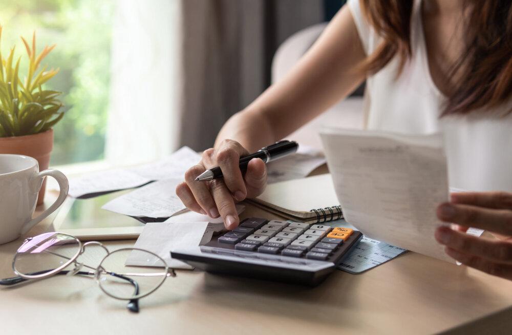 Võlanõustaja annab nõu, kuidas muuta oma elu, et võlgadest vabaneda