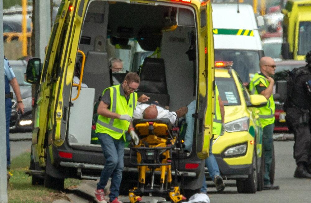 Uus-Meremaal avasid paremäärmuslased tule mošeedes, surma sai 49 inimest