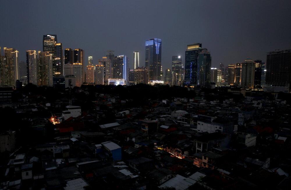 Indoneesia pealinn mattus pimedusse, vooluta jäi pea 30 miljonit inimest