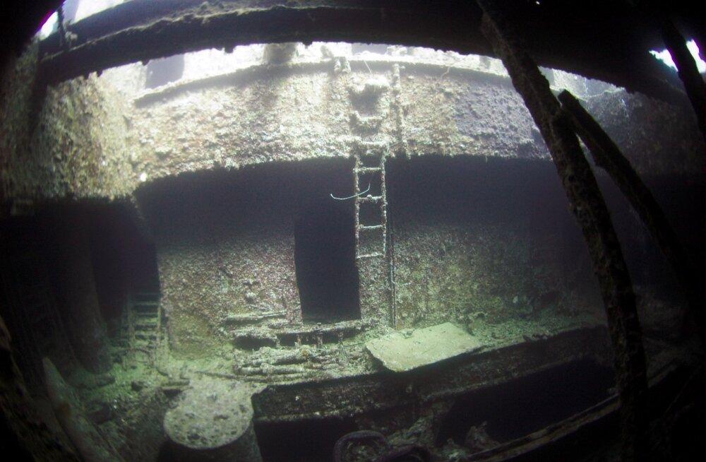 35 aastat merepõhjas vedelenud Volare vrakk muudeti ohutuks