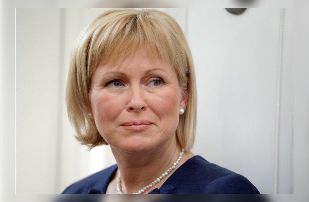 Läti ajakirjanik nõuab politseilt ministri Austraalia-reisi uurimist