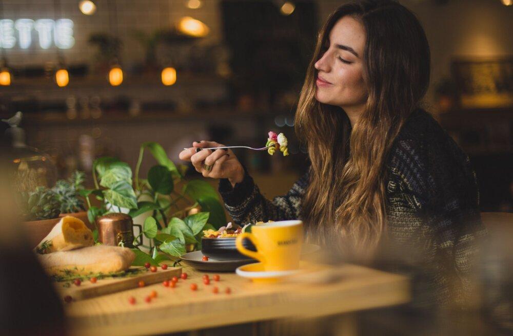 Tohoh! Tervislik tulevikudieet keskendub toidu asemel hoopis sellele, millal sa sööd