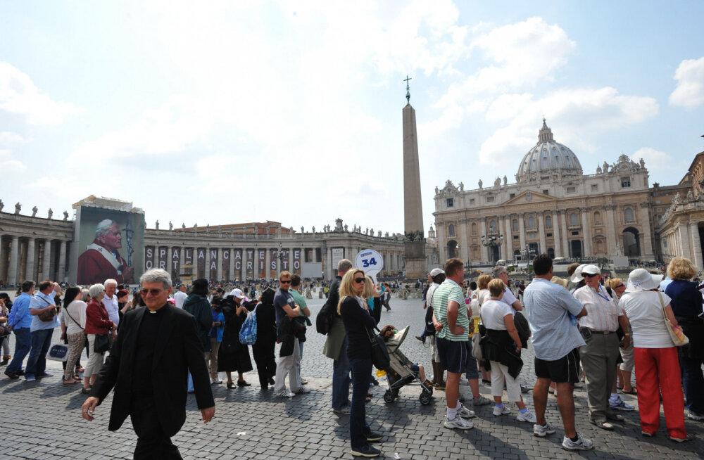 Как туристу избежать огромных очередей в популярных местах Рима?