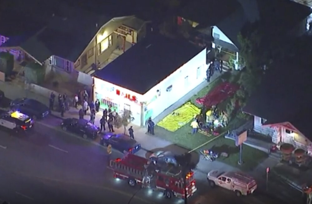 California halloweeni peol sai tulistamises 3 inimest surma ja 9 vigastada