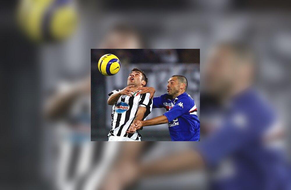 Adrian Mutu (Juventus) - Max Tonetto (Sampdoria)