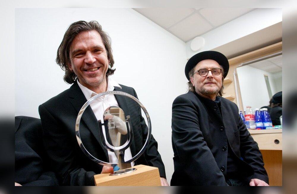 Suure Viisiku kontserdil kingitakse Pärnu muusikakoolile kitarr