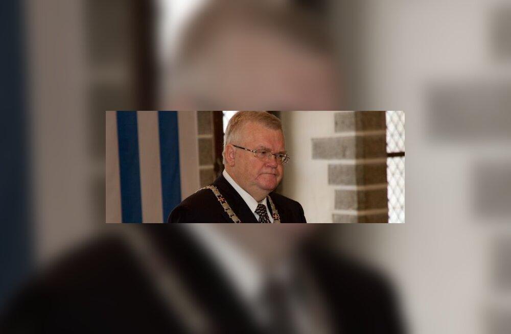 Tallinna linnapea Edgar Savisaar: ametnike keeleoskamatust korvab kogemus