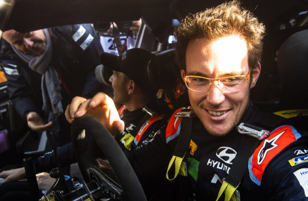 VIDEO | MM-sarja üldliider Thierry Neuville andis kuuma Rootsi ralli testil