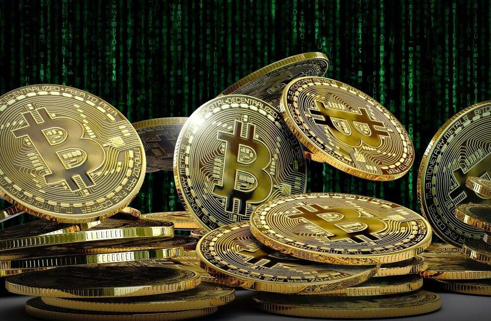 Luksusjaht või Snickers? Bitcoin vs kuld 1 dollari võrdluses