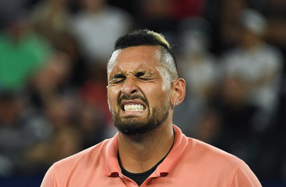 VIDEO | Kyrgios avaldas emotsionaalse video, kus ta mõistis hukka Djokovici turniiril osalenud ja nüüd hiljuti peol käinud tennisisti