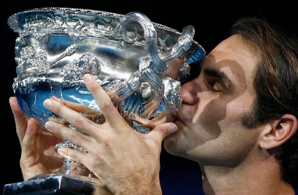 Nii tuttav, ometi nii eriline tunne: Roger Federer on nüüd 18-kordne suurturniiride tšempion.