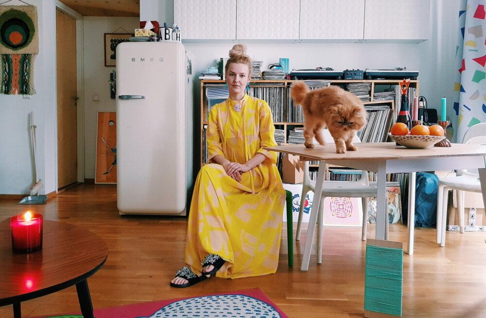Disainer ja blogija Helene Vetik võttis varjupaigast kassi: tegelikult ümbritseb Puss-Pussi ka väga põnev saladusteloor