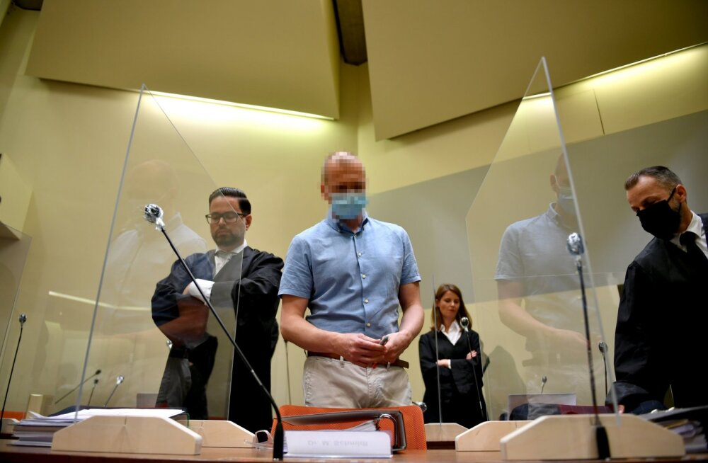 FOTOD | Algas Saksa dopinguarsti kohtuprotsess. Kohal on palju ajakirjanikke, Schmidt ja ta nägu varjavad assistendid
