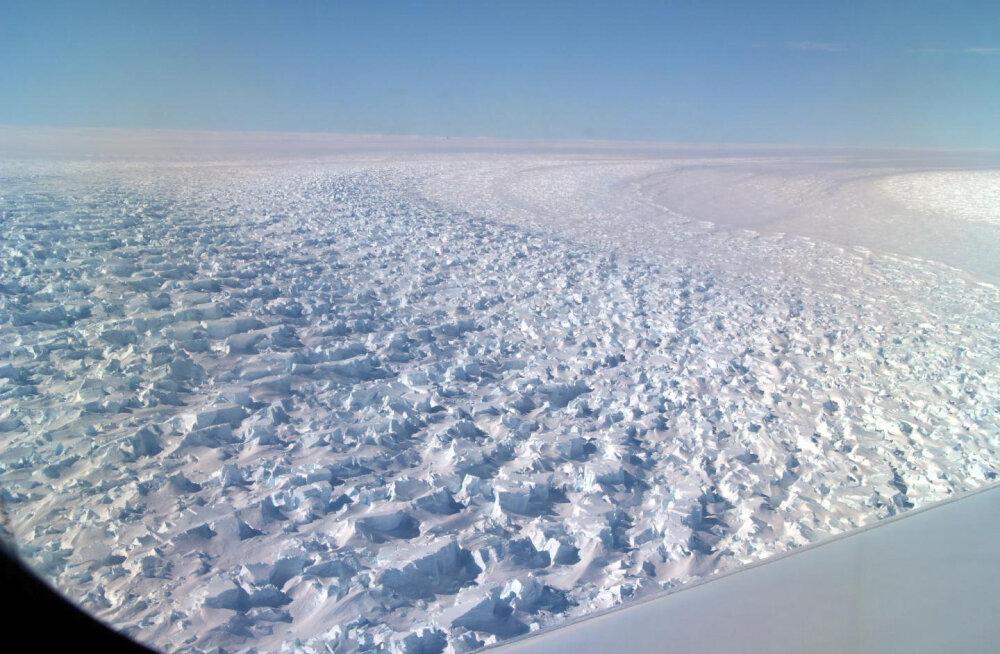 Oleme külmkapi ukse avanud: Antarktis sulab kiirenevas tempos