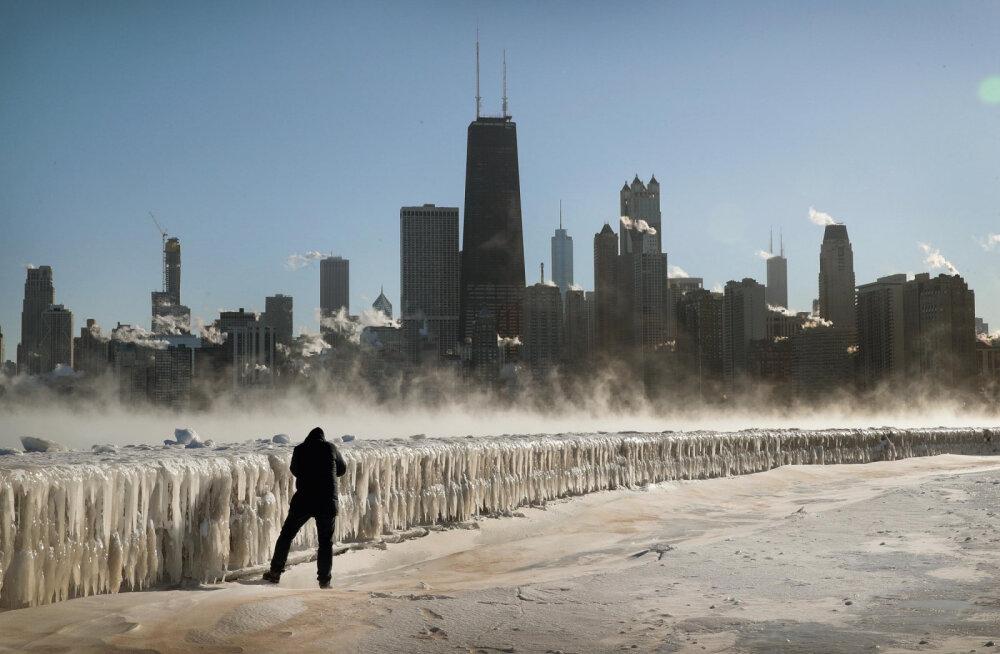 США во власти лютых морозов: сейчас в Чикаго холоднее, чем в Антарктиде