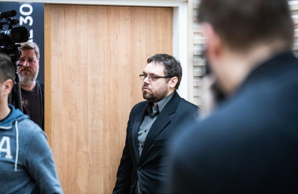 Muusik Kõmmari tapmises süüdistatav Karel Šmutov kohtus
