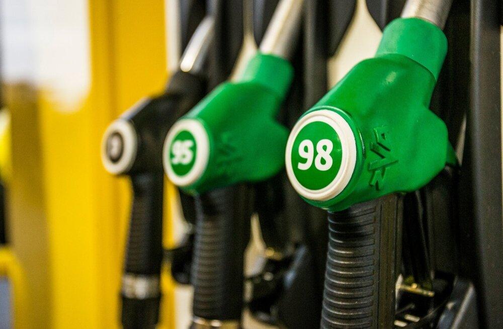 Ligi 16 000 inimest plaanib protsesti kütuseaktsiisi tõusu vastu.