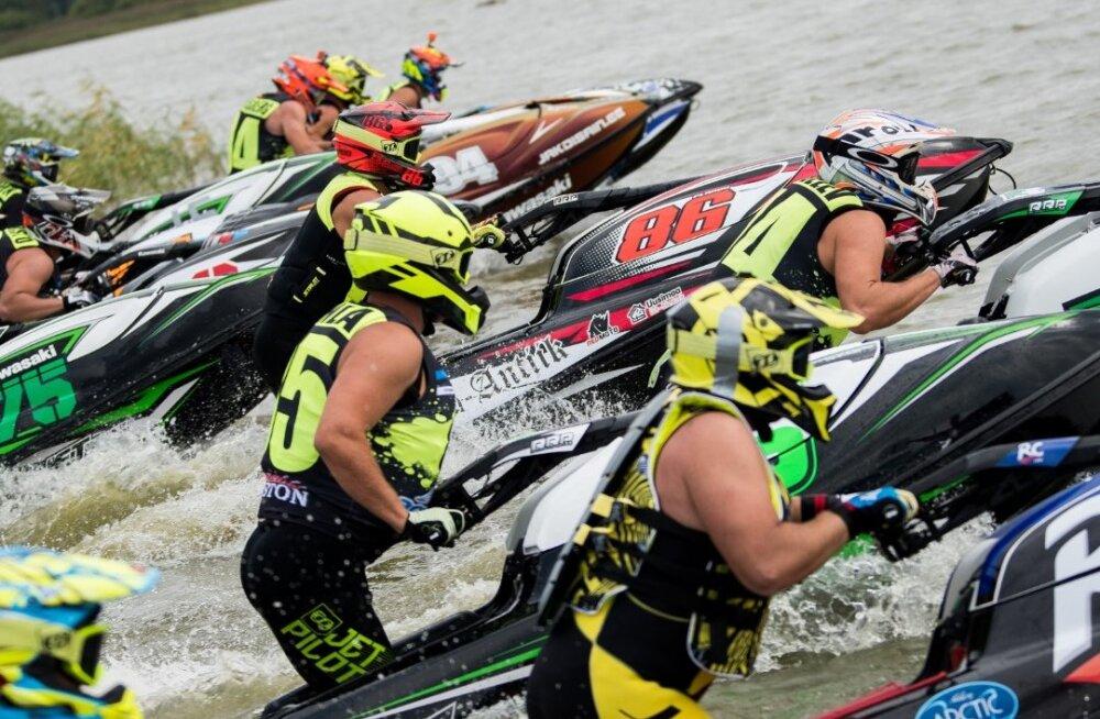 Harku järvel sõideti Tallinn Open 2019 veemotospordis