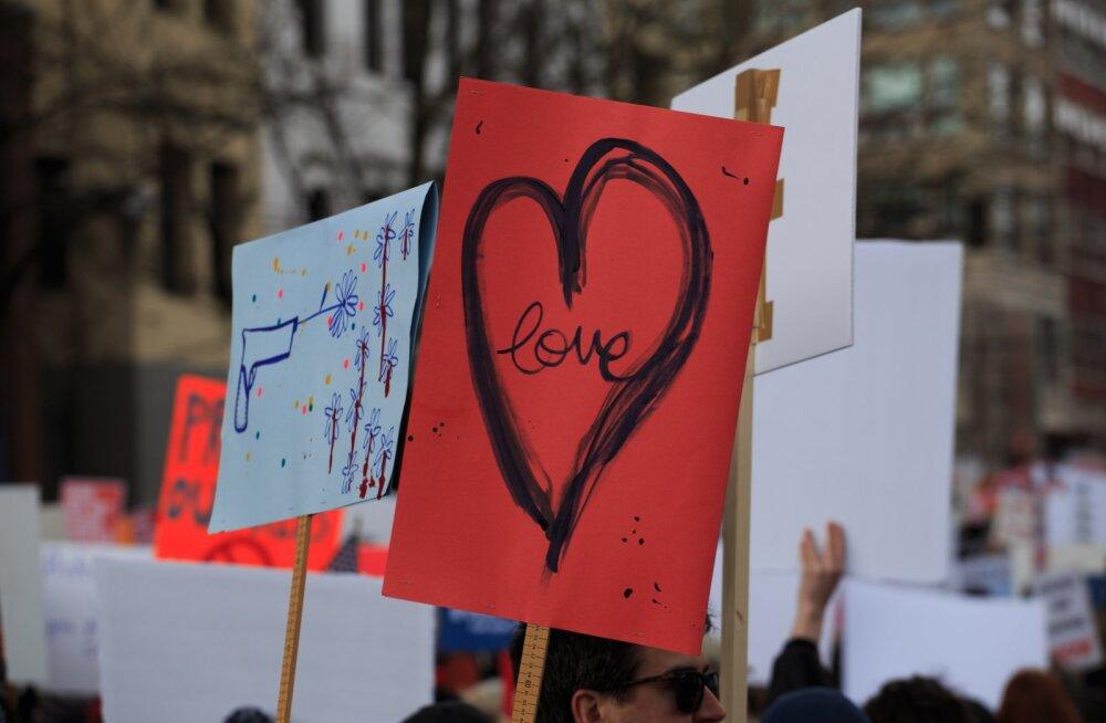Täna toimub Tallinna südames Naiste marss! Kellele ja milleks seda vaja on?