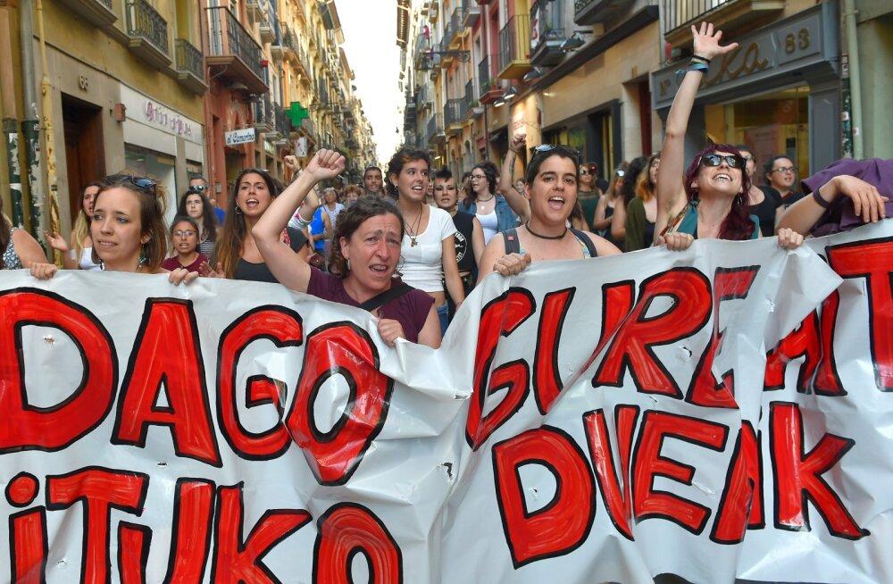 Hispaania apellatsioonikohus jättis hoolimata laialdasest pahameelest jõusse viie mehe õigeks-mõistmise grupivägistamises