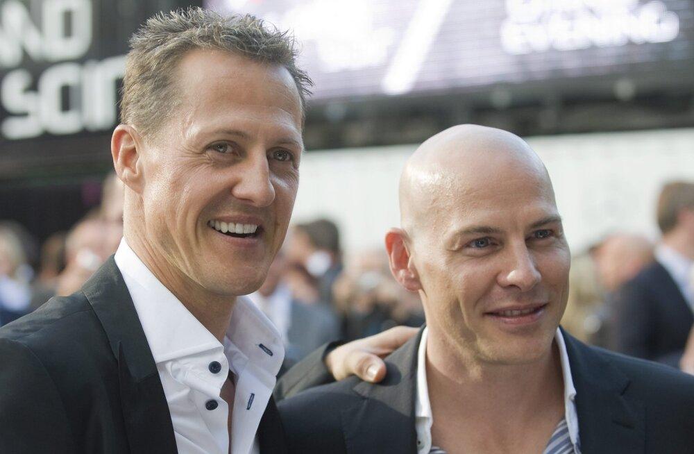 Täna 20 aastat tagasi: Schumacheri ja Villeneuve'i skandaalse avarii järel tuli üllatusmehest kanadalane maailmameistriks