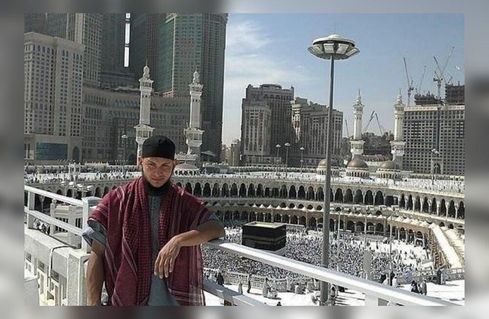 Pühas linnas: nüüdseks džihadistidega liitunud Abdurrahman Sazanakov käis mõne aasta eest palverännakul Mekas, osalejad valis ükshaaval välja Eesti peaimaam.