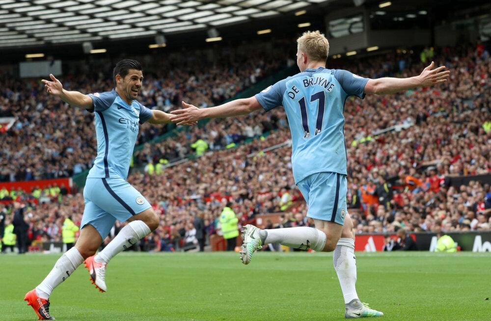 Manchester City täht Kevin de Bruyne (paremal)