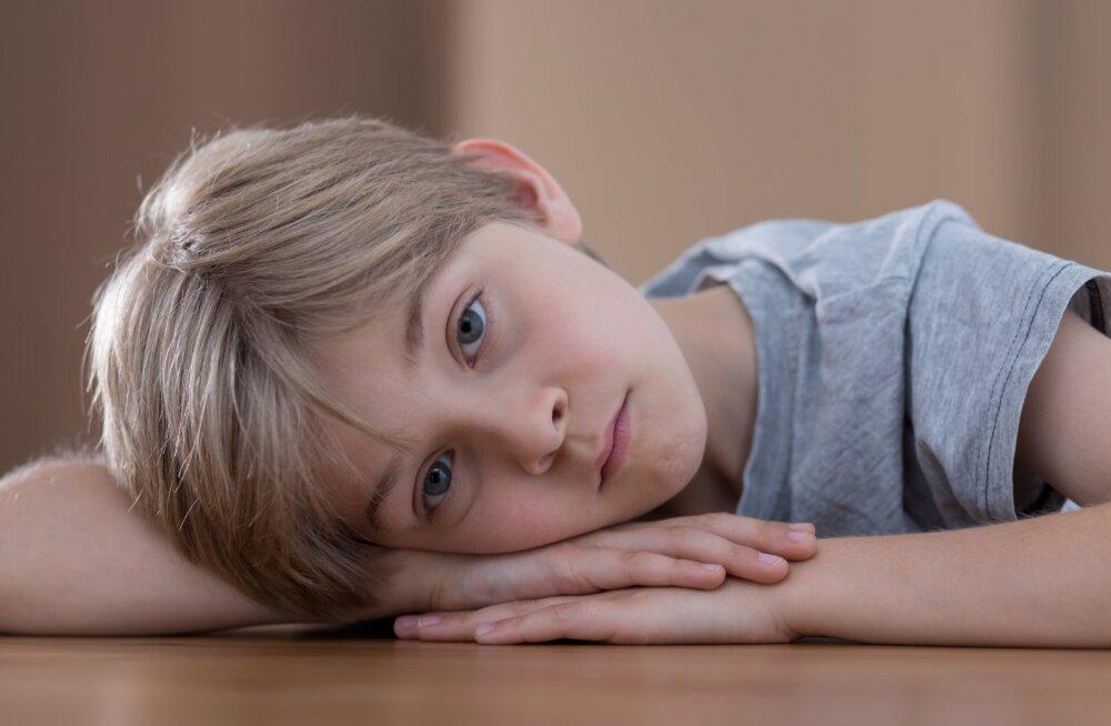 KÜSITLUS: Kas sinu lapse koolikoti raskus jääb normi piiresse?