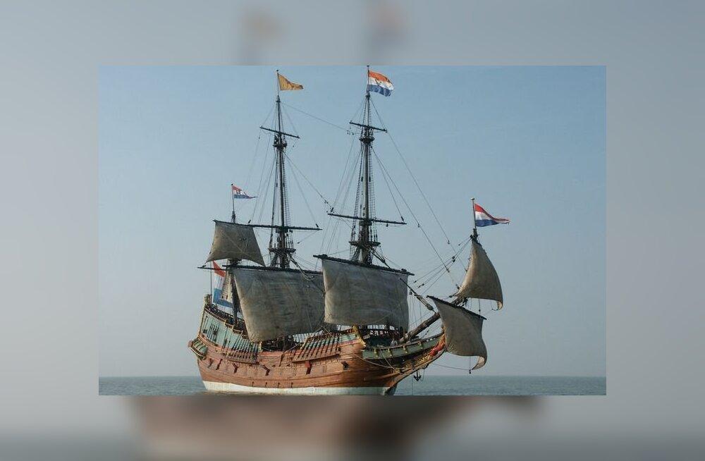 """""""Tapke esimesena kõige tugevamad!"""" Kuudepikkune õudusunenägu kaubalaeval Batavia"""