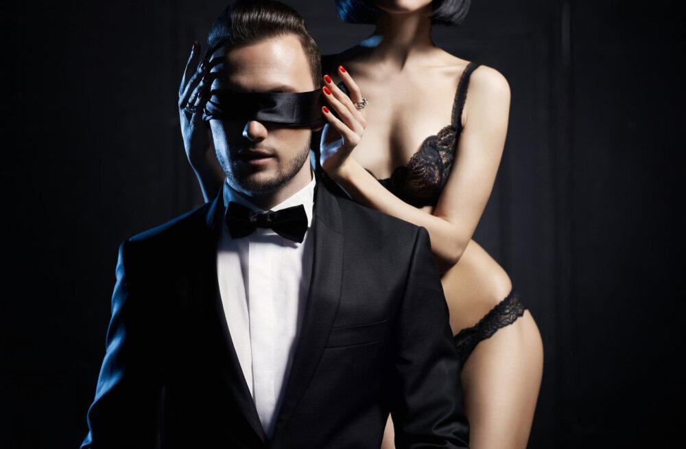 Jagame uskumatult seksikaid rollimänguideid, sest sügisõhtud ei pea olema pimedad ja kõledad
