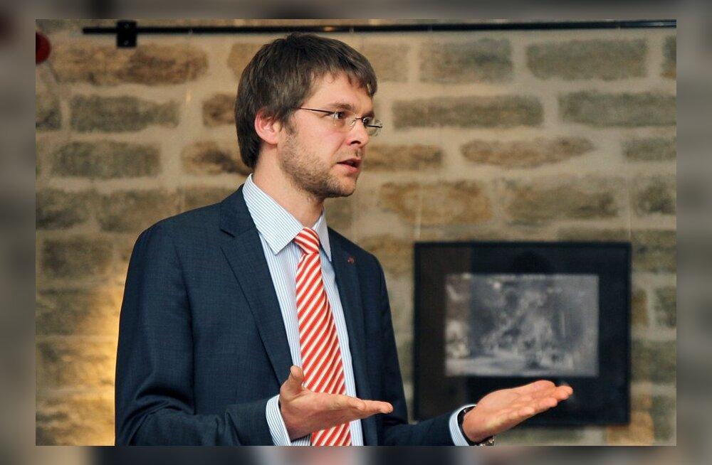 Ossinovski: 50 olulisemat seadust tuleb tõlkida vene keelde