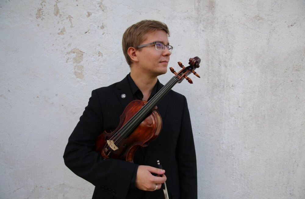 """В рамках концертной серии """"Таланты дома"""" в домашнем зале Таллиннского камерного оркестра выступят Роберт Траксманн и Юха Кангас"""