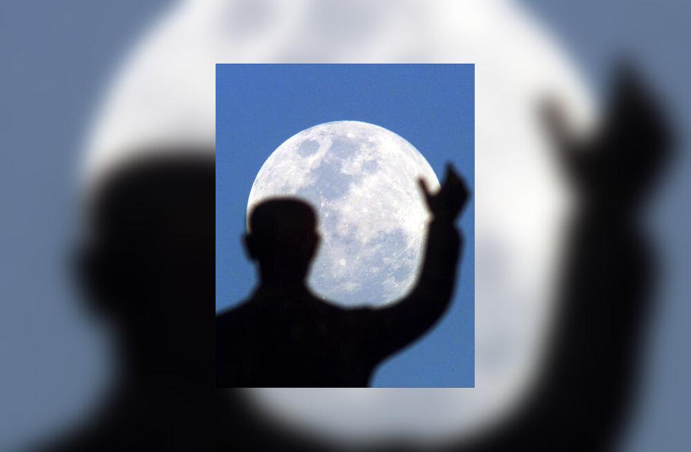 Inimene ja kuu