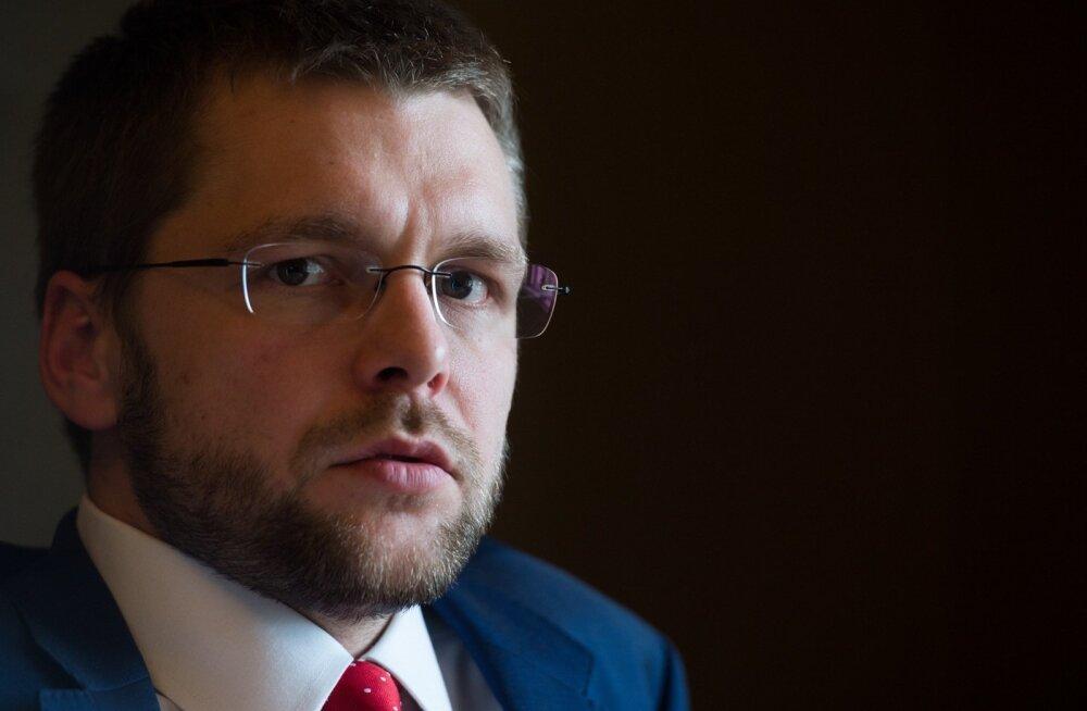 Jevgeni Ossinovski kinnitab, et töötukassa tuleks suuremate kuludega toime ka madalama maksemäära korral.