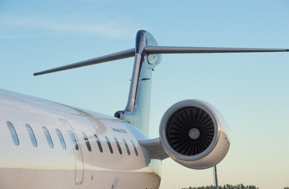 Uus Estonian Airi lennuk Bombardier CRJ 700