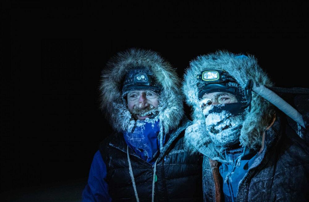 1800 км пешком по льдам: завершен эпический поход по Арктике
