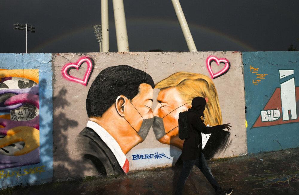 Историки отвоевали у строителей фрагмент Берлинской стены