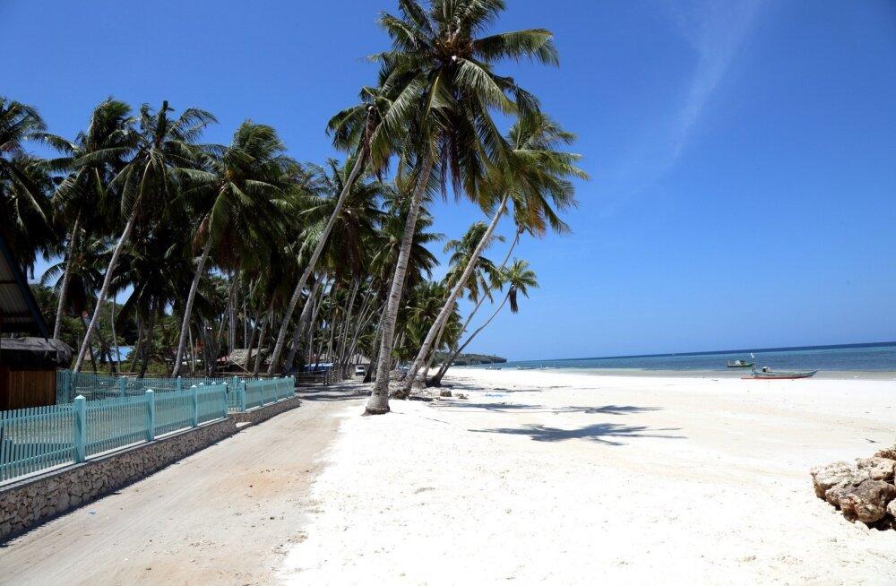 REISILUGU   Turistilõksust puutumata unistuste saar, kus kõik naeratavad nagu oleksid sattunud teisele planeedile
