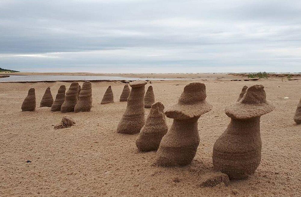 Tuul moodustab Läti randadesse omalaadsed moodustisi. Kas oled midagi sellist meilgi märganud?