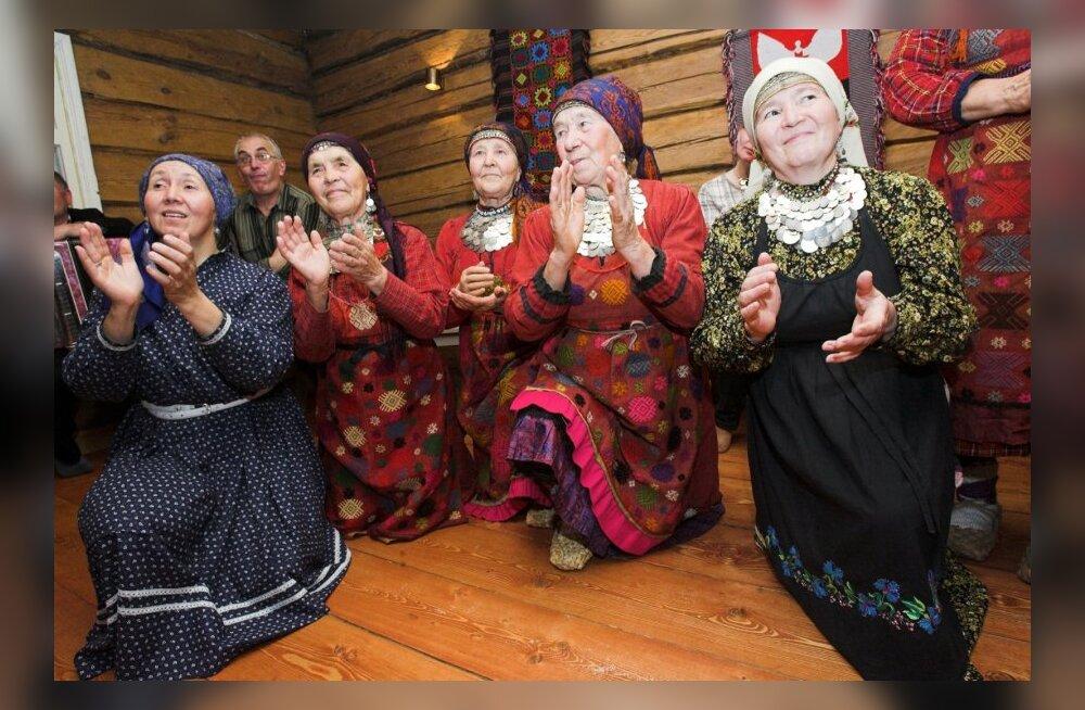 Soome-ugri pidu Obinitsas 90