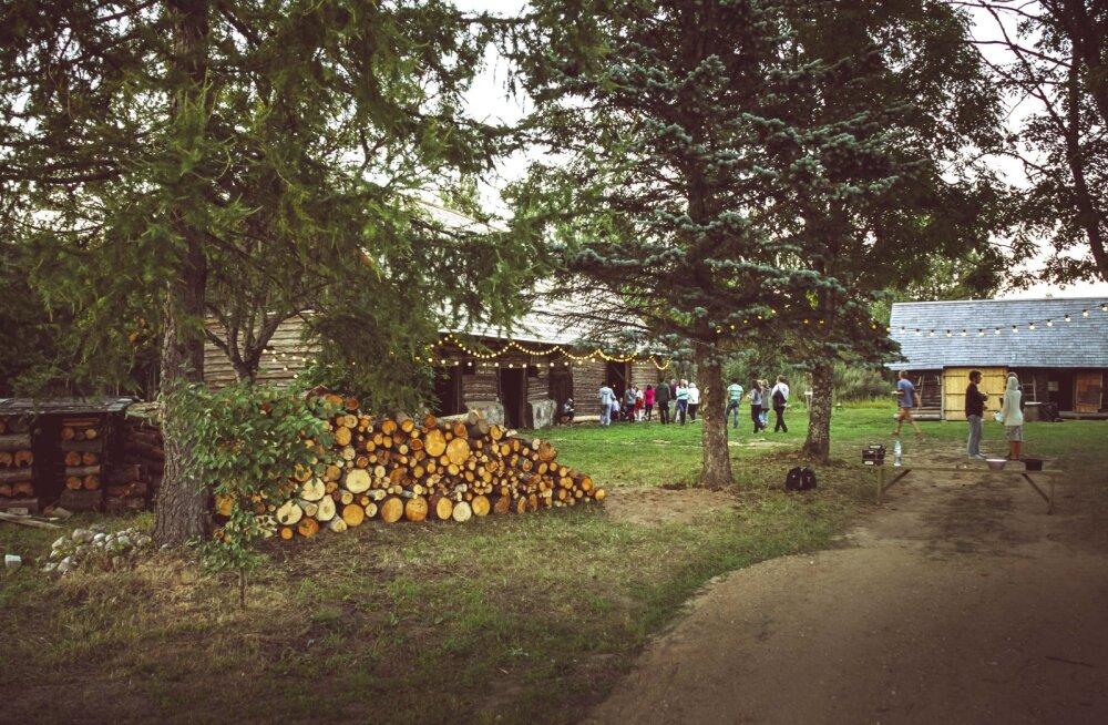 Folgisõbra pidupäev! Setomaa uus kontsertmaja Treski Küün avab laupäeval oma esimese hooaja